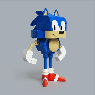 Lego Sonic the Hedgehog-ish | by Fredoichi