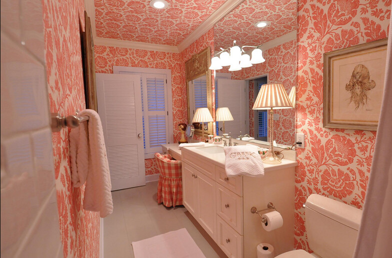 Uncle baby 39 s bathroom ok now bear with us for a short for Bathrooms r us clayton