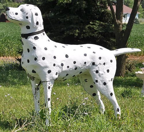 Giant Dalmatian | by RoadsideArchitecture.com
