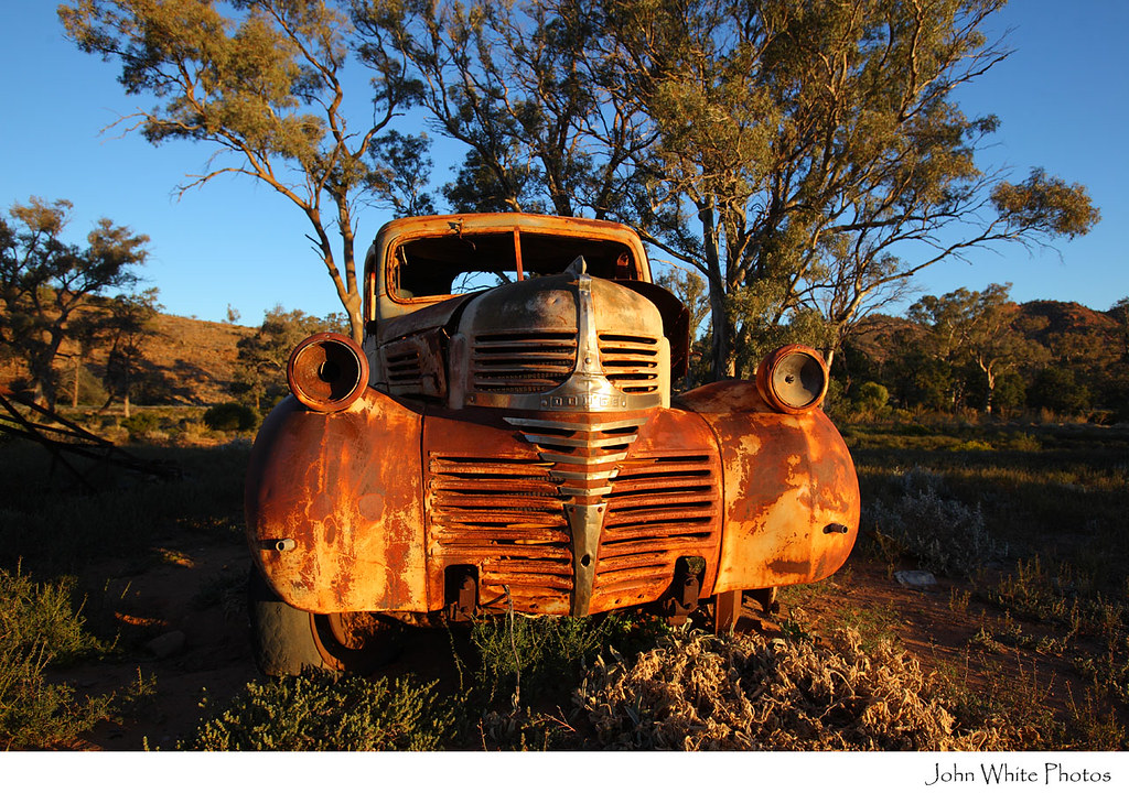 Rusty old car Outback Australia | Old car in outback Austral… | Flickr