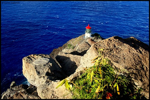 makapu'u lighthouse | by c.e.andersen