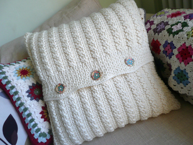 Crocheting Cables : Crocheted Cable Cushion