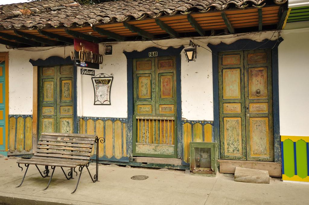 Salento quindio eje cafetero fachada de una casa tipica de flickr Interiores de casas antiguas fotos