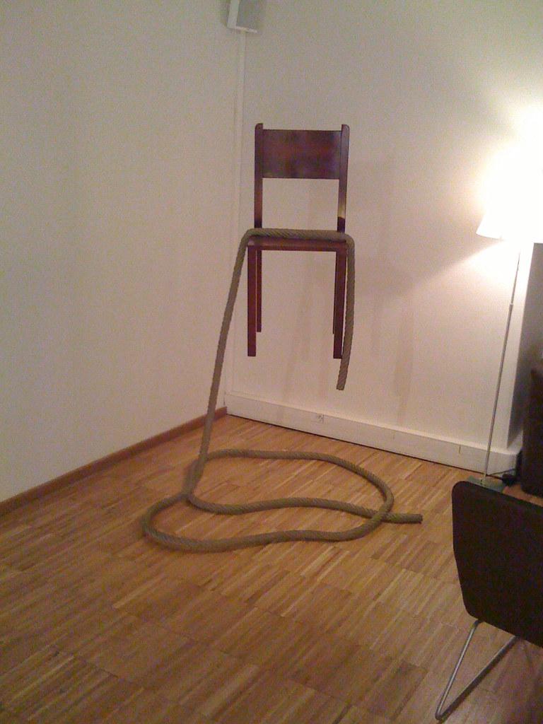 Une Chaise Suspendue Captation Dans La Galerie Le Laborato Nicolas Loubet Flickr