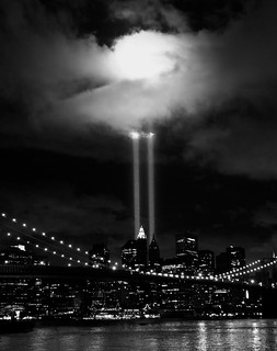 9-11 Tribute in Lights 2010 Photowalk | by KzAkabueze - ONEin12