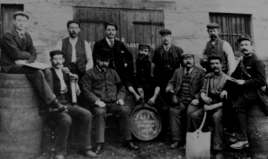 Old Photograph Distillery Workers Perth Scotland | Sandy Stevenson ...: www.flickr.com/photos/tourscotland/4995104103