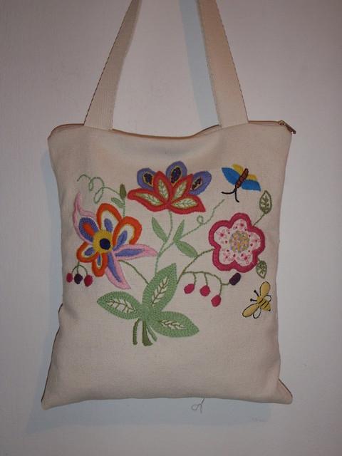 Bolsa de tecido com bordado : Bolsa tecido tear com bordado ? m?o flickr photo sharing