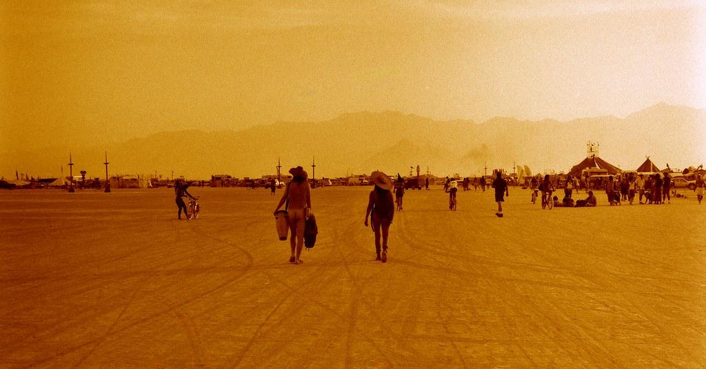 Naked Conga Burning Man 1996  Damian Samuel  Flickr-5077