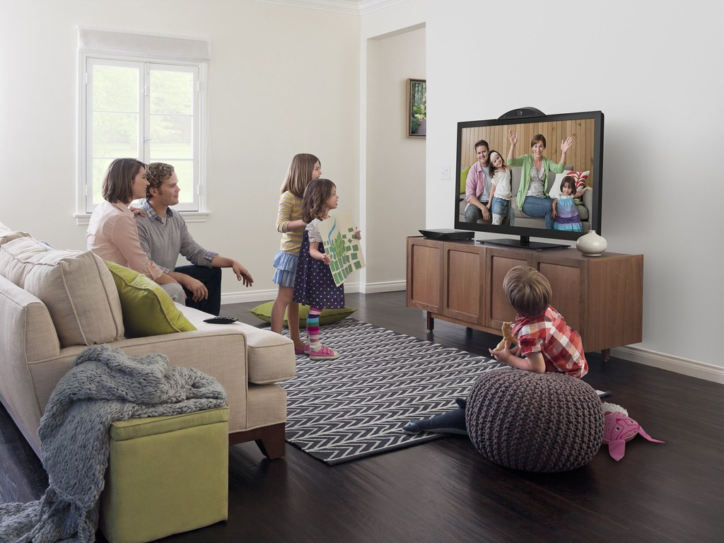 Cisco mi brings family and friends to the living room at Family sitting room ideas
