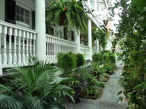 Charleston Garden Had These Pretty Gardens