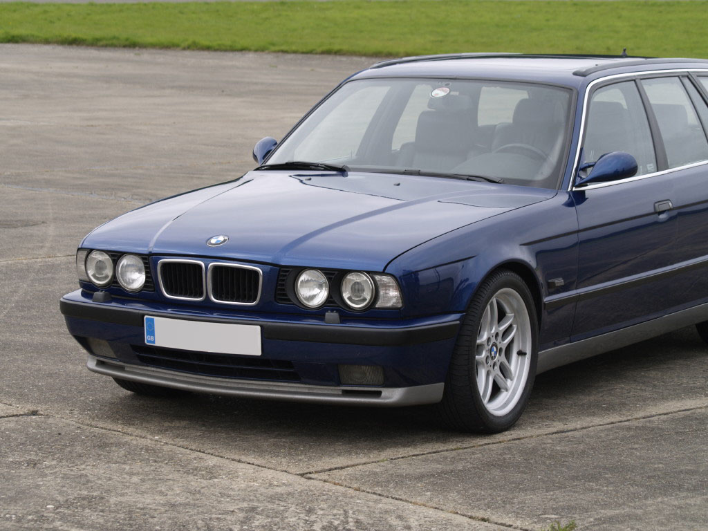 E34 M5 Touring Avus Blue Metallic Bmw Car Club Gb