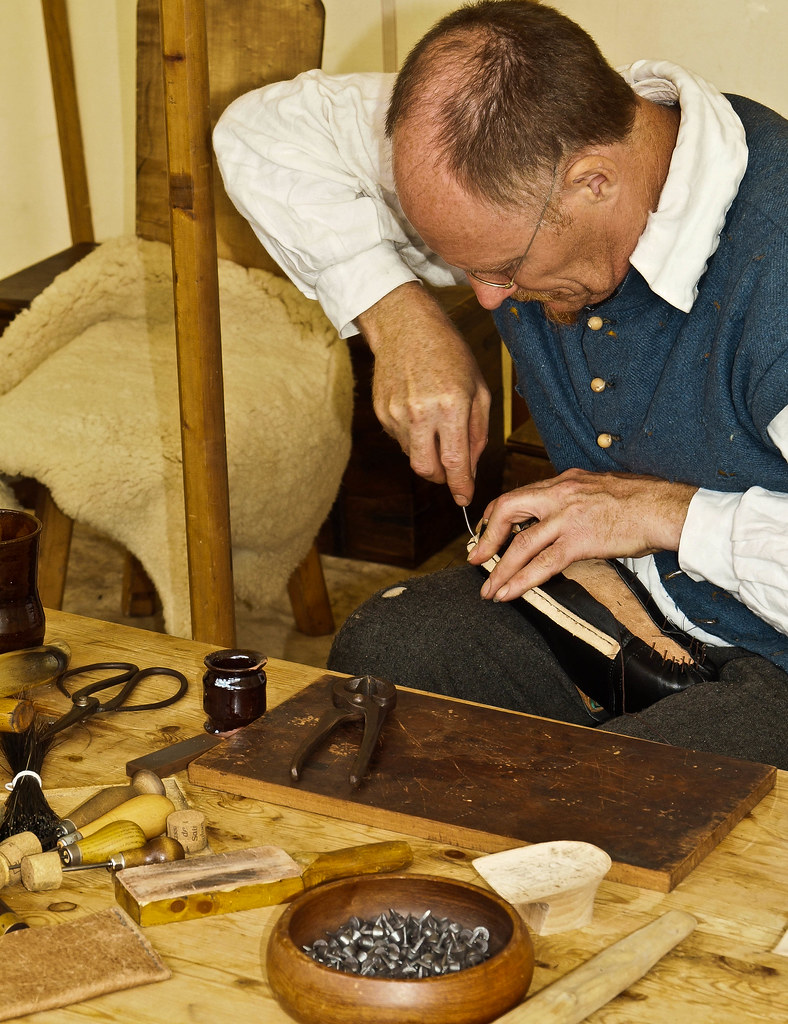 Shoe Repairs At Oval Sttation London Se