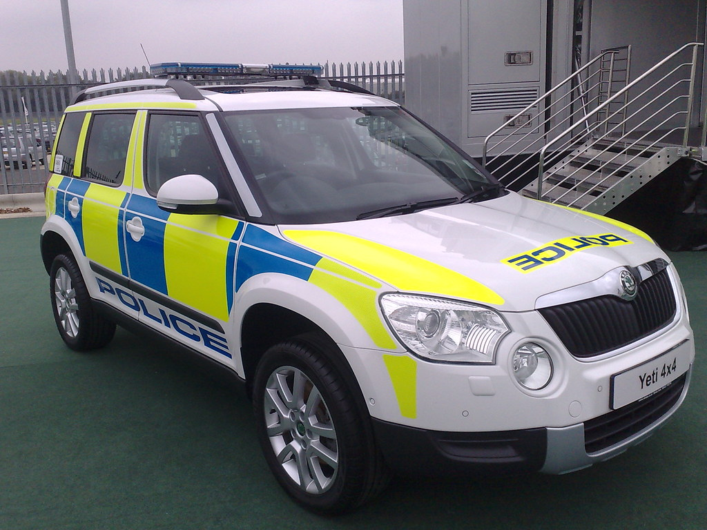 skoda yeti 4x4 police car brian flickr. Black Bedroom Furniture Sets. Home Design Ideas