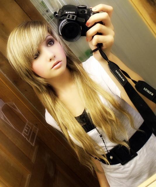 Arie Ayashii New Scene Queen Girl 2010 Emo Hair Pretty