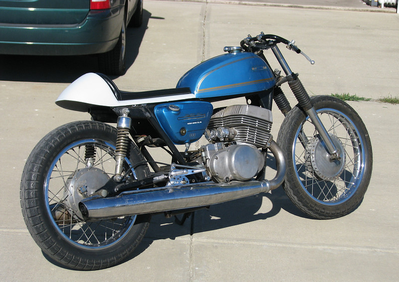 suzuki t500 cafe racer from the usa | mark from indiana in t… | flickr
