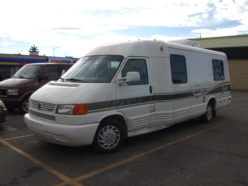 Winnebago Rialta Rv Based On Volkswagen Eurovan