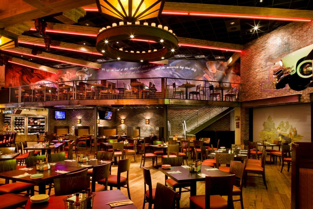 Does Hard Rock Cafe In Chicago Take Reservations