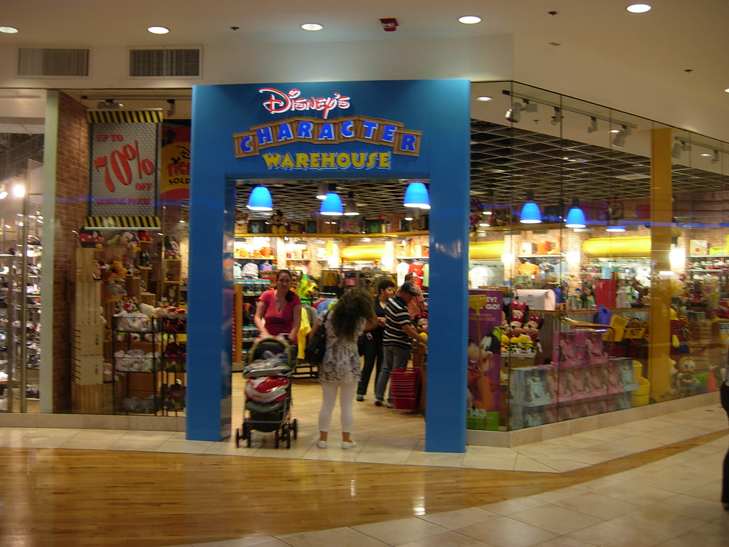 Disney Fashion Show Mall