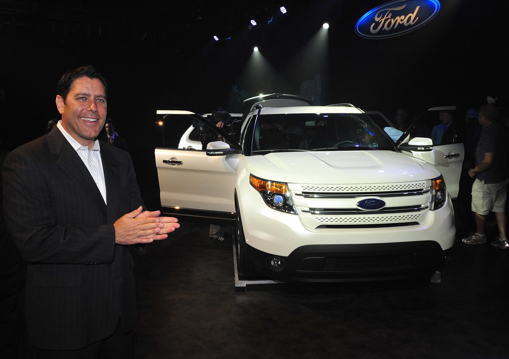 Explorer reveal in toronto toronto on july 26 2010 for Ford motor company news