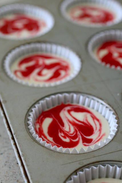 raspberry swirl cheesecake cupcakes 5 | Annie | Flickr