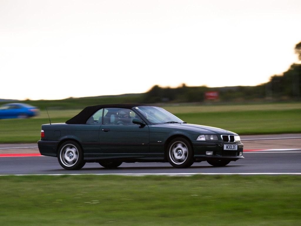 BMW Car Club, BMW & MSV Bedford Autodrome Novice track eve…   Flickr