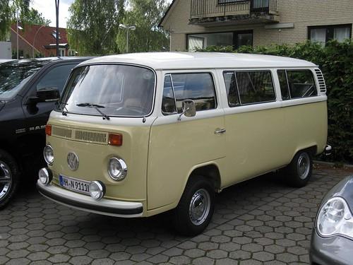 Volkswagen T2 Bus Oettinger Sportwagen Service Hamburg