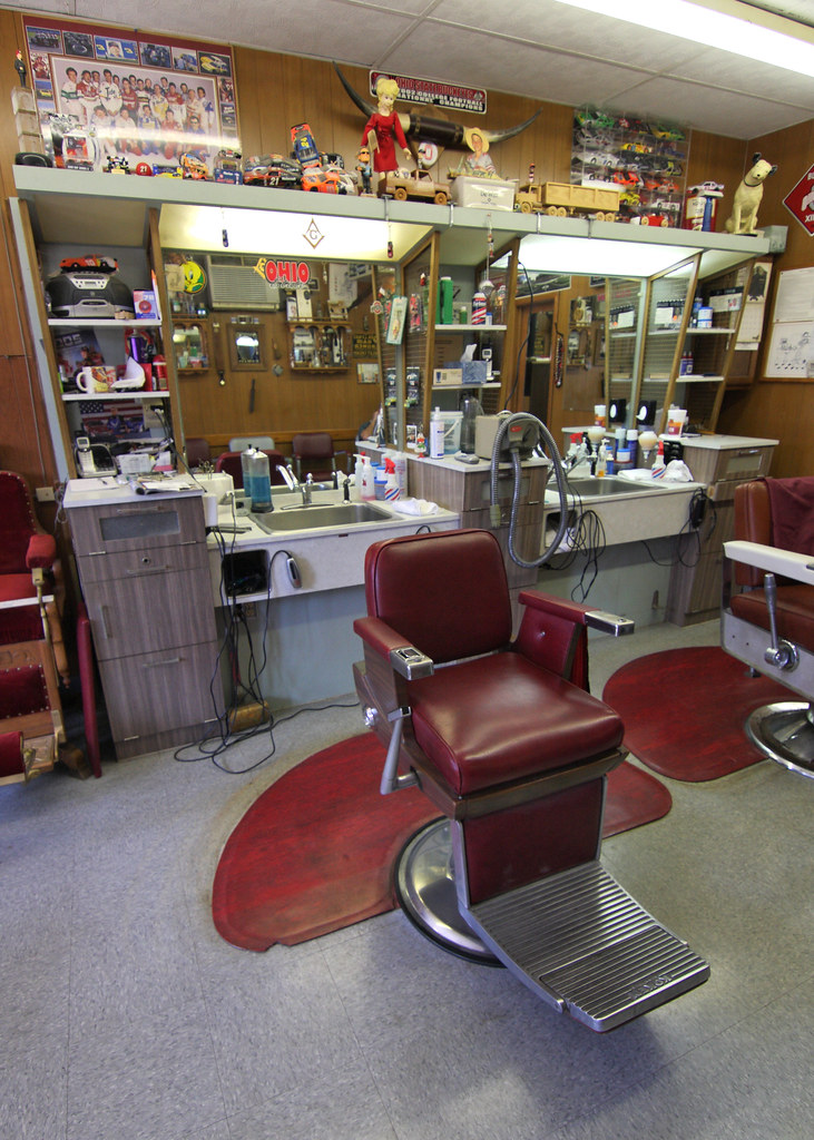 Barber Shop Chair | A look at the barber shop chair and ...