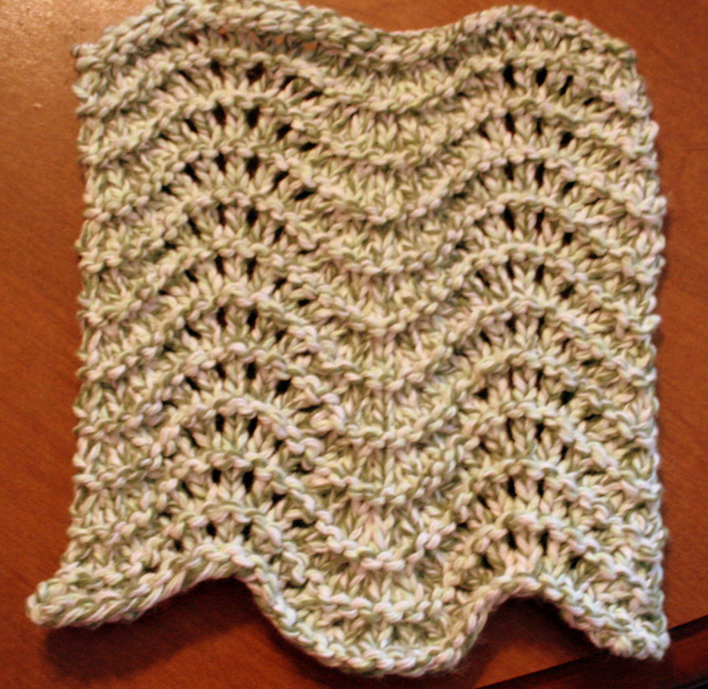 Feather & Fan Dishcloth | Pattern: knitting.about.com/od/hom… | Flickr