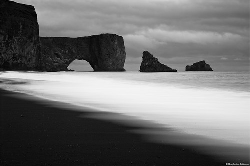 Black and White - Dyrhólaey, South Iceland | by skarpi - www.skarpi.is