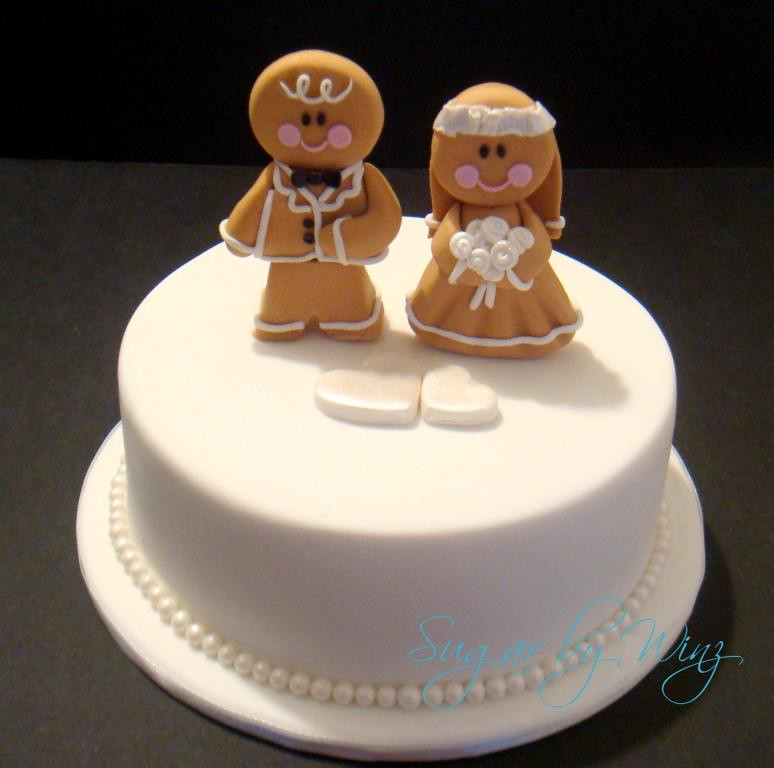 wedding cakes for men gingerbread toppers cutting cake for a wedding 24377