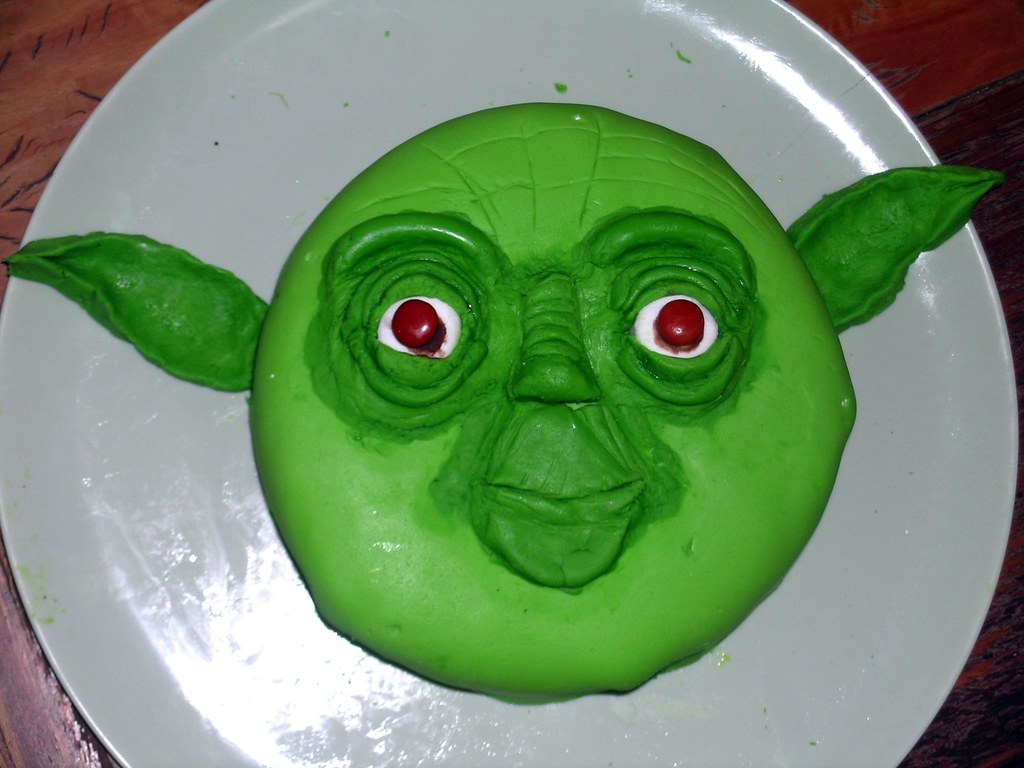 Yoda Birthday Cake This Was Really Fun To Make And Not Th Flickr