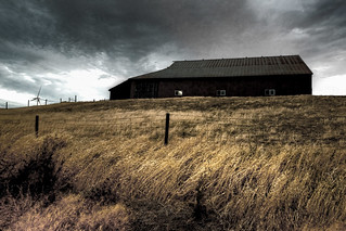 Ominous barn | by ongopt50