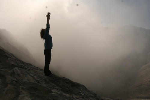Mountain pose on mount Bromo | by borderlys