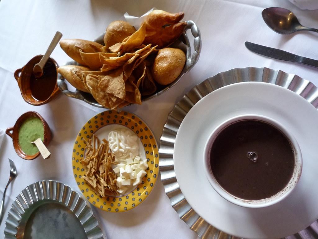 schwarze bohnensuppe und knabbereien aus der reihe kulina flickr. Black Bedroom Furniture Sets. Home Design Ideas