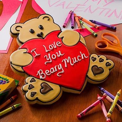 Big Bear Hug Colossal Cookie | Our lovable bear Colossal Coo ...