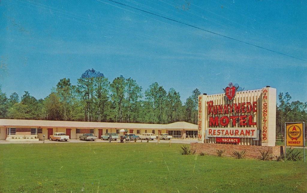 Runnymede Motel - Nahunta, Georgia