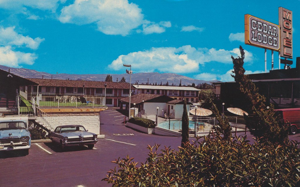 Cedar Lodge Motel - Medford, Oregon