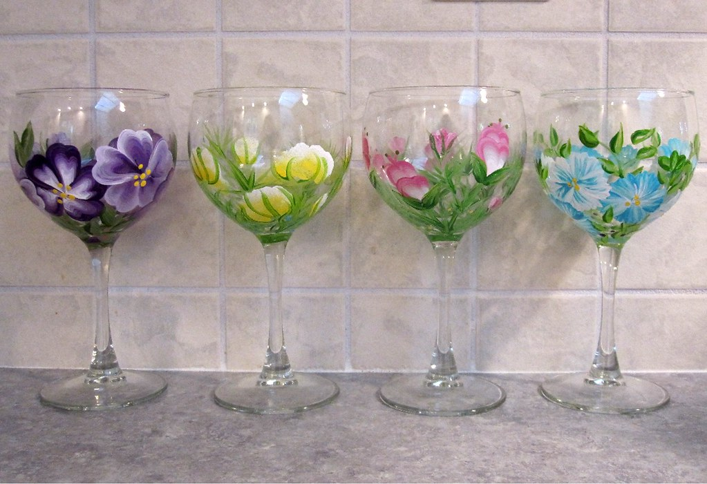 Painted wine glasses wine glasses handpainted with a for Acrylic paint on wine glasses