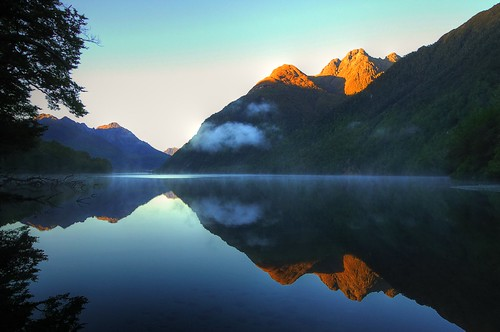 Perfect reflections at a New Zealand sunrise (18.000+ views!) | by msdstefan