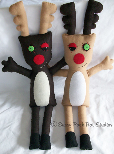 Reindeer Buddies Plush Dolls | by sassypackratstudios
