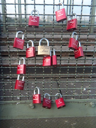 Cologne love lock | by ljc@flickr