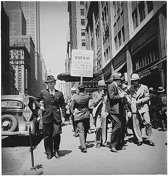 Labor Strikes New York City New York Union Men Picketing