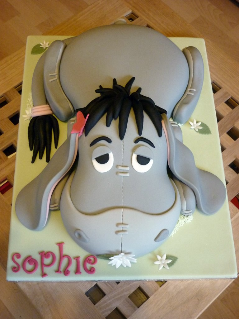 Cartoon Character Design For Cake : Eeyore birthday cake character made for a