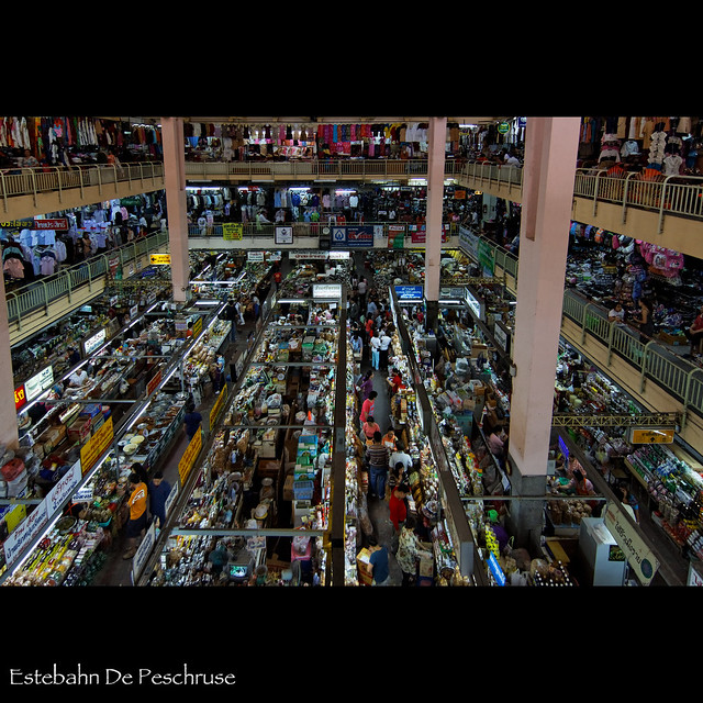 Warorot market in Chiang Mai  Warorot market is one of ...