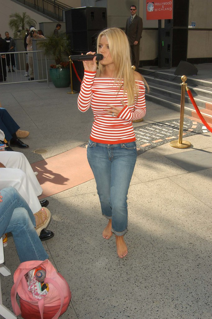 Jessica Simpson  Jessica Simpson  Mike James  Flickr-9374