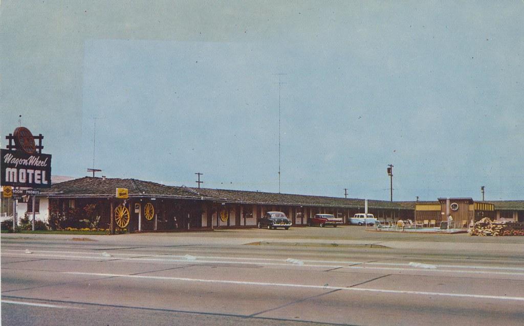 Wagon Wheel Motel - Salinas, California