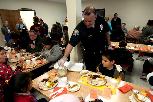 Long Beach Rescue Mission Hosts Thanksgiving Dinner 4 | Flickr
