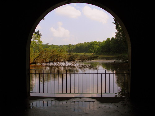 Dunbar Cave Lake (Inside the arch)