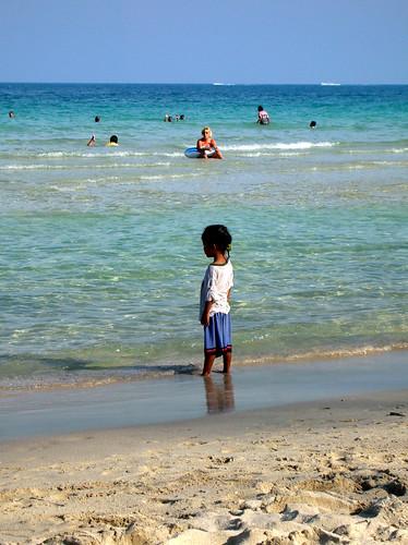 Little thai girl 2 a little thai girl on the seashore for Tiny thai teen