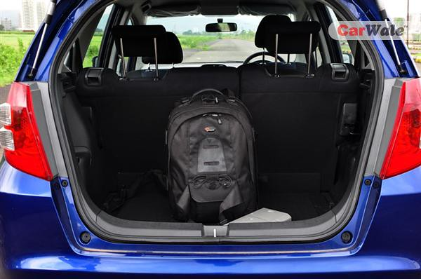 boot honda jazz x even with the seats up the boot. Black Bedroom Furniture Sets. Home Design Ideas
